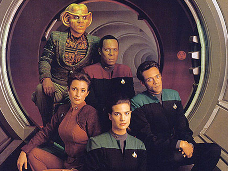 First season Deep Space Nine cast members: Armin Shimerman, Avery Brooks, Nana Visitor, Terry Farrell and Alexander Siddig