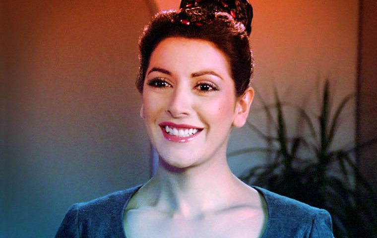 """[TNG at 30] """"The Price"""" of Being Counselor Troi"""