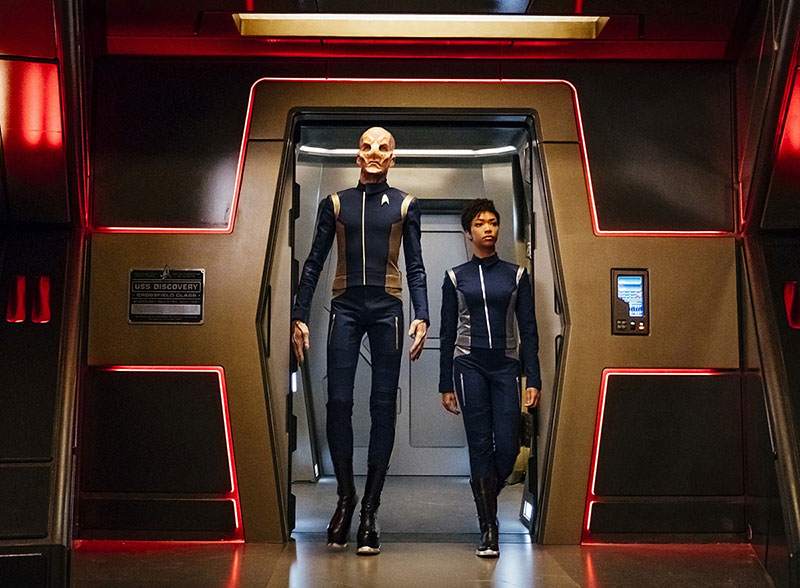 Doug Jones as Saru and Sonequa Martin-Green as Michael Burnham