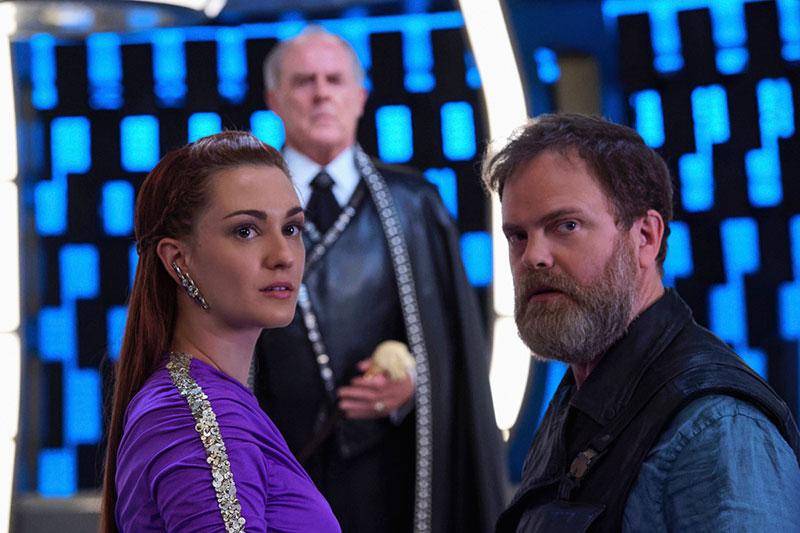 Katherine Barrell as Stella and Rainn Wilson as Harry Mudd