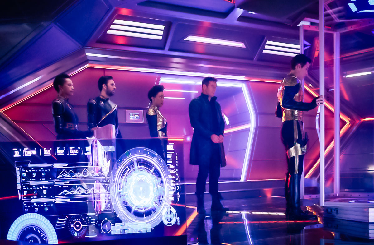 Shazad Latif as Lieutenant Ash Tyler, Sonequa Martin-Green of First Officer Michael Burnham and Jason Isaacs as Captain Gabriel Lorca