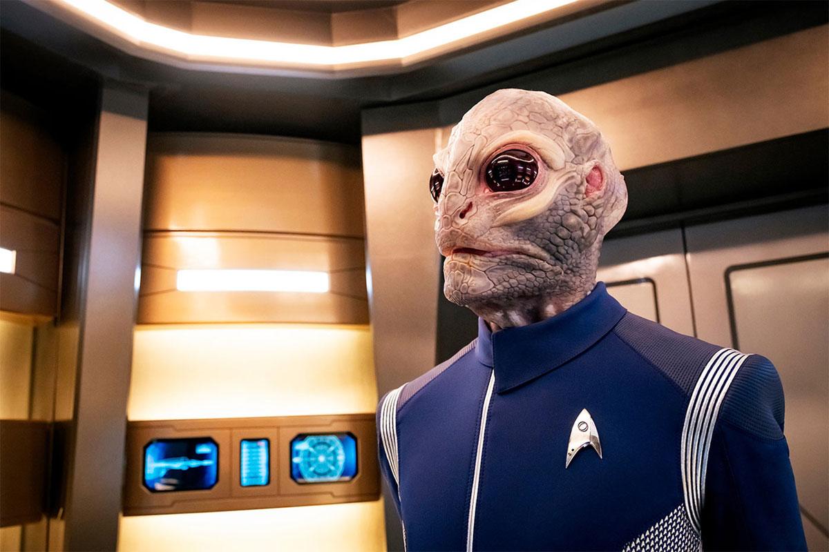 David Benjamin Tomlinson as Linus