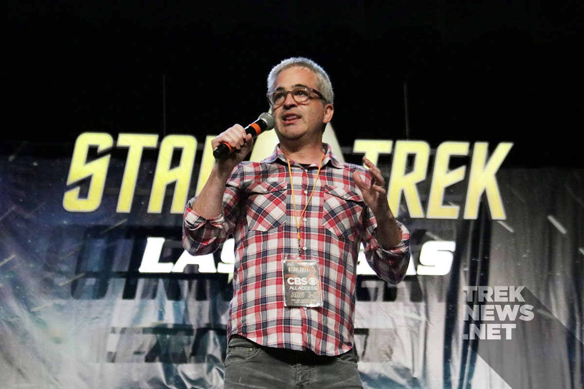 Executive Producer Alex Kurtzman introduces Stewart to the Vegas crowd