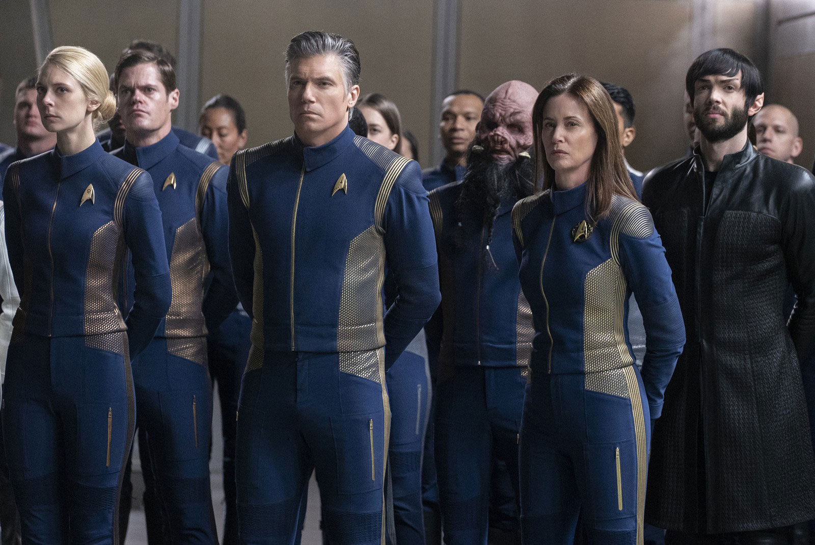 Anson Mount as Captain Christopher Pike, Jayne Brook as Admiral Katrina Cornwell and Ethan Peck as Spock