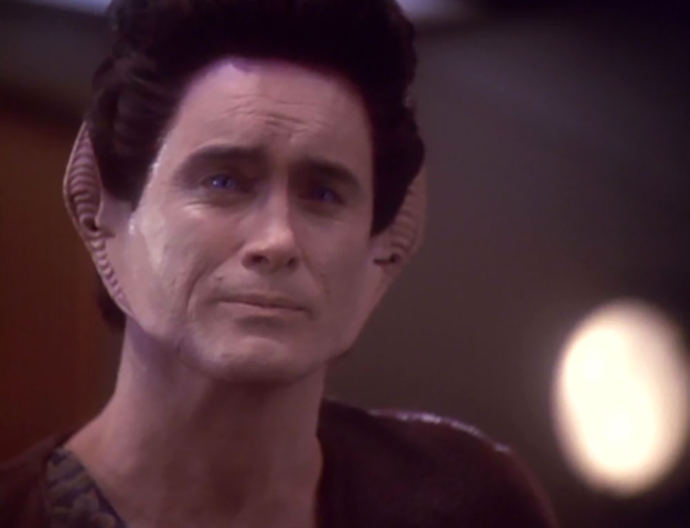 Combs as Weyoun on Deep Space Nine