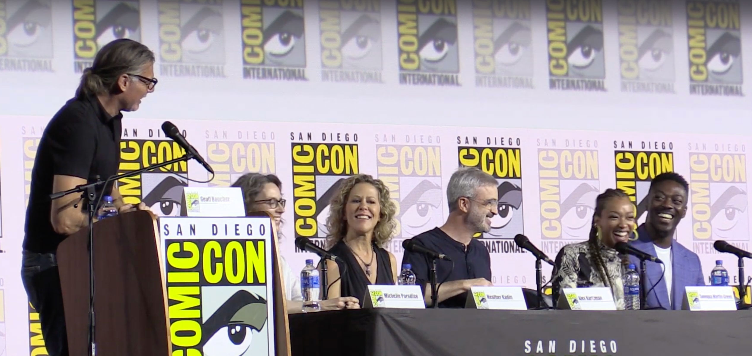 Moderator Geoff Boucher with Heather Kadin, Alex Kurtzman, Sonequa Martin-Green, David Ajala