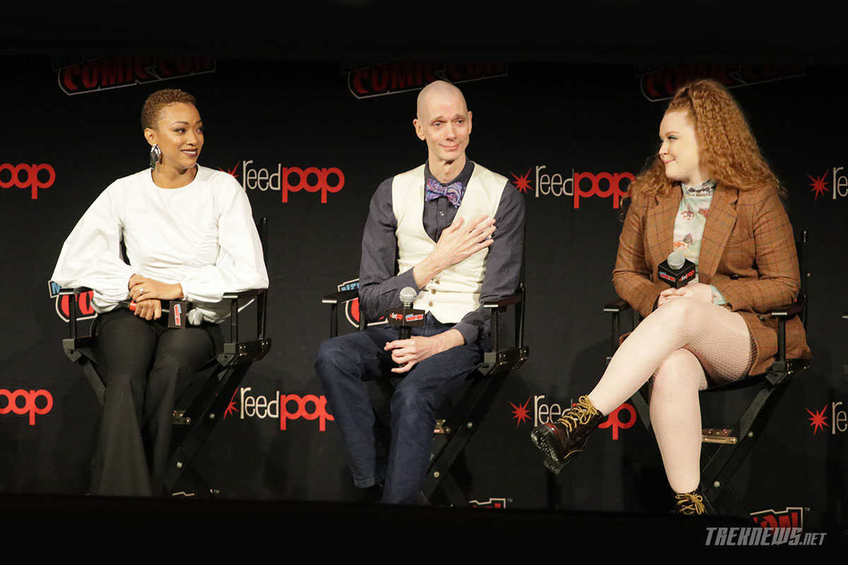 Star Trek: Discovery stars on stage at New York Comic Con: Sonequa Martin-Green, Doug Jones and Mary Wiseman