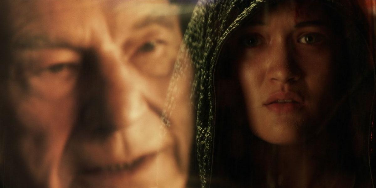 Patrick Stewart as Jean-Luc Picard and Isa Briones as Dahj